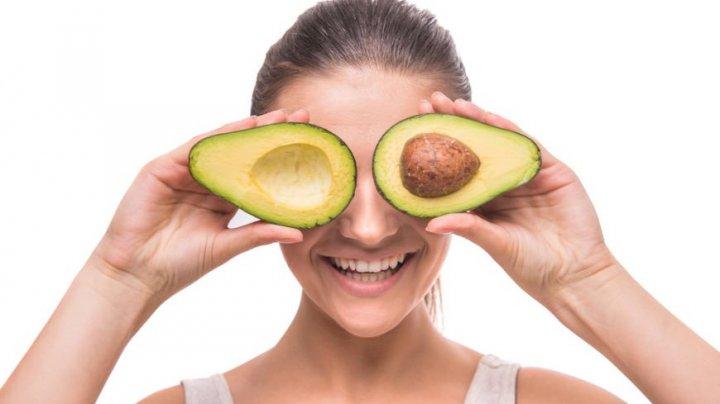 Studiu: O dietă bogată în carbohidraţi ajută la slăbit