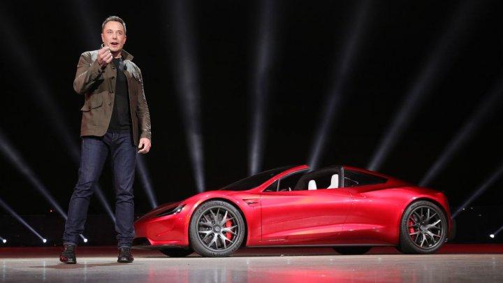 Elon Musk răspunde bărbatului care l-a acuzat că a creat Tesla pentru a se îmbogăți: Tesla există ca să-ți producă ție bani
