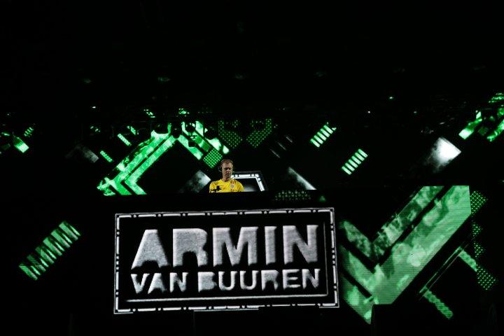 Nebunie în ultima zi de Untold. Armin van Buuren şi-a doborât propriul record (FOTO)