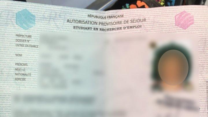 O cetățeană a Camerunului a încercat să zboare din Chişinău în Franţa cu acte false