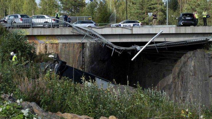 Finlanda: 4 morţi şi 20 de răniţi după ce autocarul în care se aflau s-a prăbuşit de pe un pod