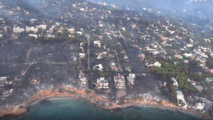 Grecia demolează mii de clădiri construite ilegal după cel mai mare incendiu de vegetaţie
