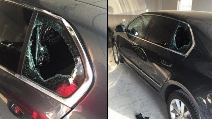 ALERTĂ! Nouă mașini din sectorul Râșcani au fost SPARTE DE HOȚI în această săptămână
