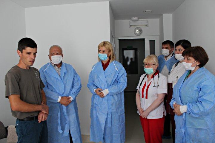 Ministrul sănătăţii: La începutul anului şcolar va fi verificat ca toţi copii să fie vaccinaţi (FOTO)