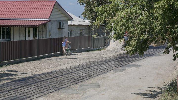 Proiectul Drumuri bune a ajuns la Ocniţa. Vor fi reparate 47 de tronsoane (FOTOREPORT)