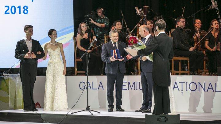 Moldovenii cu realizări remarcabile în diferite domenii, premiați în cadrul Galei Premiului Naţional 2018 (FOTOREPORT)