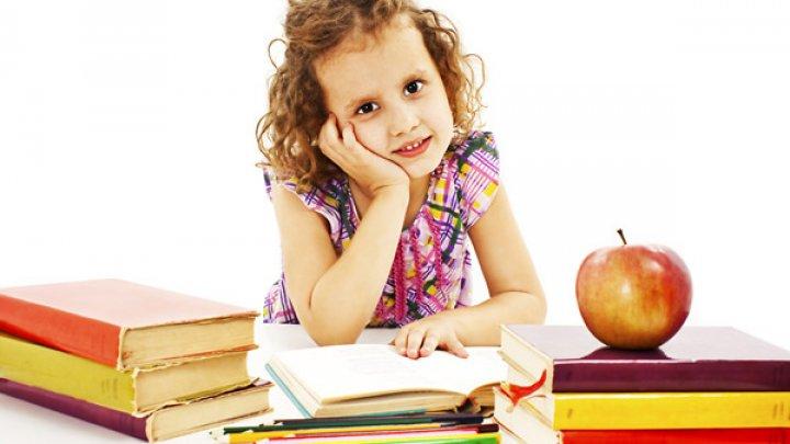IMPACT: Copii străini nu există! Povestea asistenţilor parentali