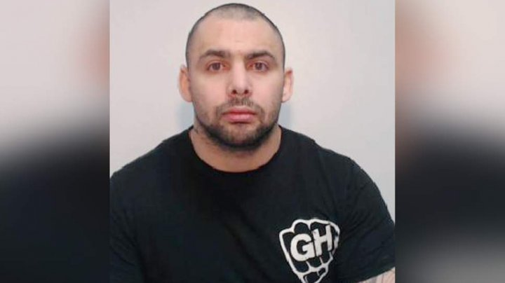 Un fost boxer profesionist a fost condamnat la 15 ani de închisoare pentru viol şi hărţuire