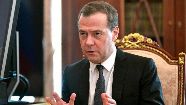 Medvedev: Rusia ar considera un război economic dacă Statele Unite ar impune noi sancţiuni