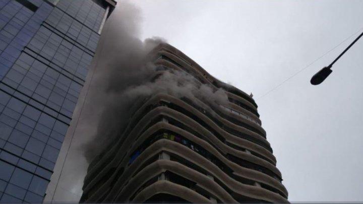 Patru morţi şi 16 răniţi în urma unui incendiu într-o clădire rezidenţială din Mumbai
