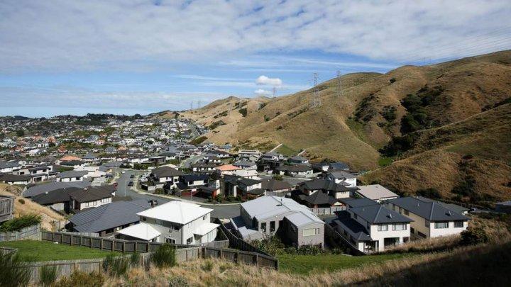 Guvernul Noii Zeelande a interzis vânzarea caselor către cumpărători străini. Motivul este INCREDIBIL