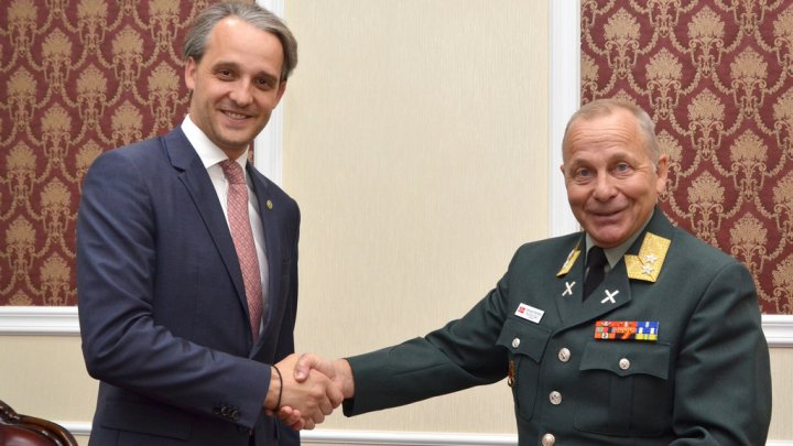 Ministrul Apărării Eugen Sturza s-a întâlnit cu Odd Egil Pedersen, general maior NATO