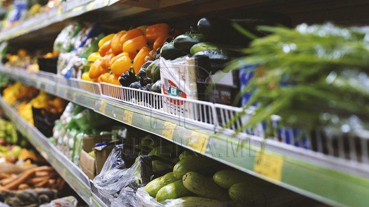 BNS: Ouăle şi fructele proaspete s-au scumpit, iar legumele s-au ieftinit. Care a fost evoluţia preţurilor de consum, în iulie
