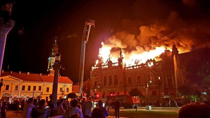 După patru luni a fost aflată cauza incendiul de la Palatul greco-catolic din Oradea