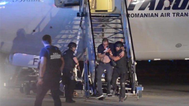 ATENTAT TERORIST la bordul unui avion TAROM, în aer, deasupra României. Cum au făcut față ofițerii antitero, simulării (VIDEO)