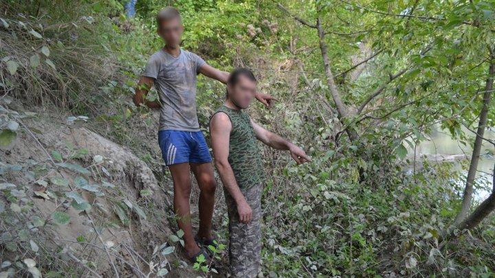 Doi tineri moldoveni au încercat să treacă frontiera înot. Motivul te va şoca