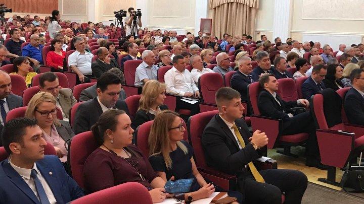 Echipa Ministerului Economiei și Infrastructurii, în dialog cu locuitorii din raionul Căușeni