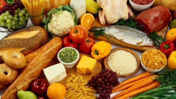 ESTE BINE SĂ ȘTII! Care sunt alimentele care nu îngrașă niciodată și cum le putem consuma