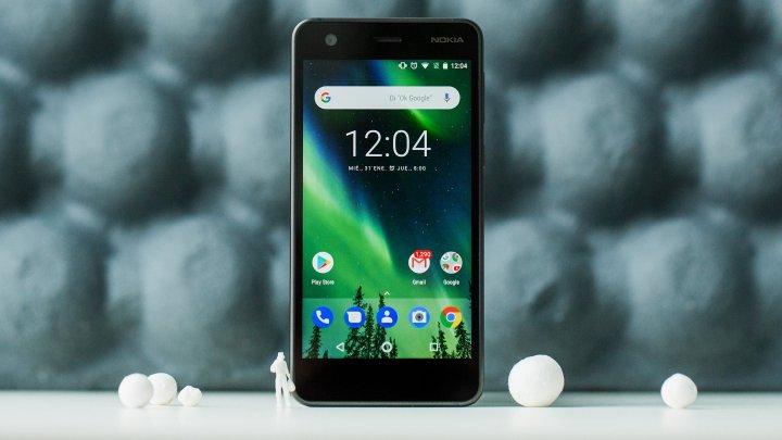 Cum arată Nokia PureView, primul telefon cu cinci camere foto (FOTO)