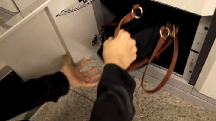 O femeie, arestată după ce și-a lăsat bebelușul nou-născut într-un dulap de bagaje dintr-o gară