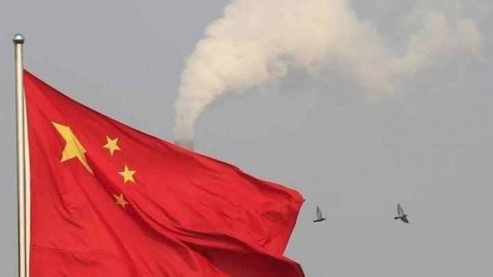 China intenţionează să exploreze regiunile polare ale Lunii până în 2030