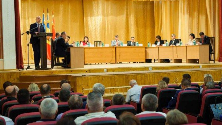 Pavel Filip, la ședința comună Guvern - APL, la Căușeni: Nici o problemă nu va rămâne fără atenție și nici o întrebare - fără răspuns
