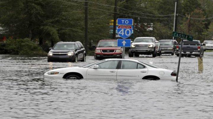 Uraganul Florence: 18 morți în SUA. Un întreg oraș a fost înghițit de ape (VIDEO)