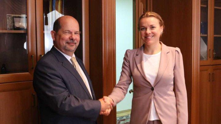 Noul ambasador al Portugaliei în Republica Moldova a prezentat copiile scrisorilor de acreditare la MAEIE