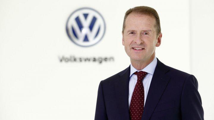 Şeful Volkswagen, îngrijorat: Costurile pentru dezvoltarea mașinilor electrice sunt mai mari decât se așteptau