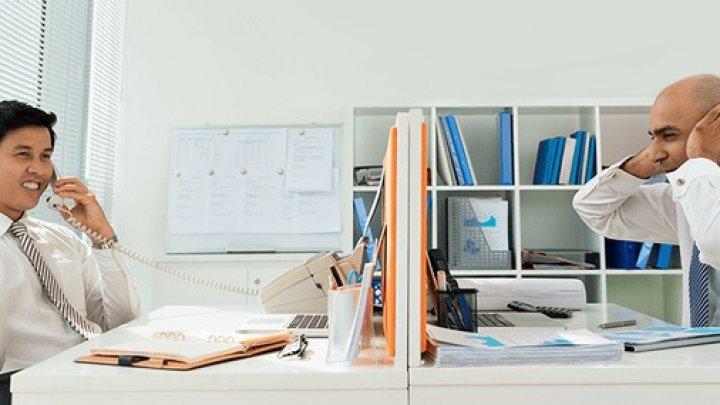 Studiu: Zgomotul de la locul de muncă afectează productivitatea