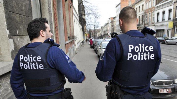 ATAC la Bruxelles! Un poliţist a fost înjunghiat în zona capului de un bărbat