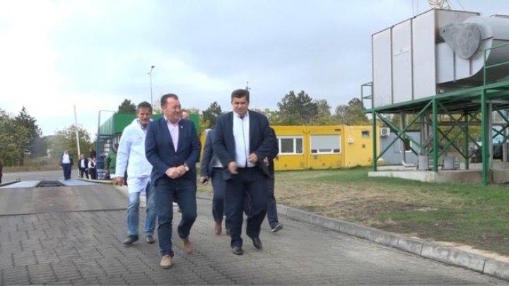 40 de primari din România s-au reunit la Edineț cu colegii lor din Republica Moldova (VIDEO)