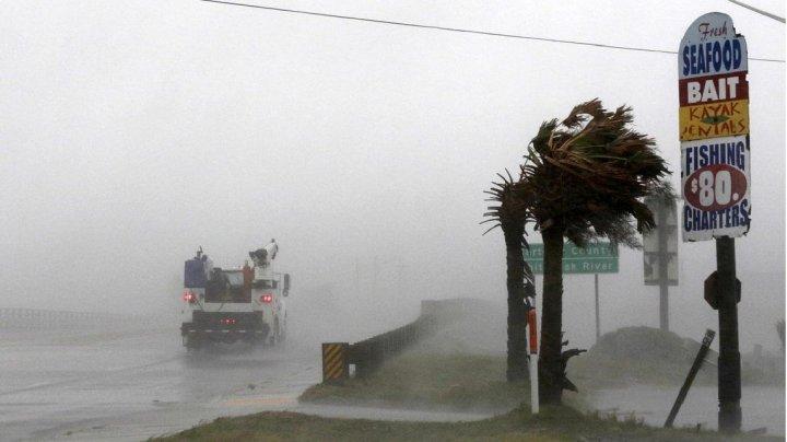 Cel puţin şapte oameni din SUA au murit din cauza uraganului Michael