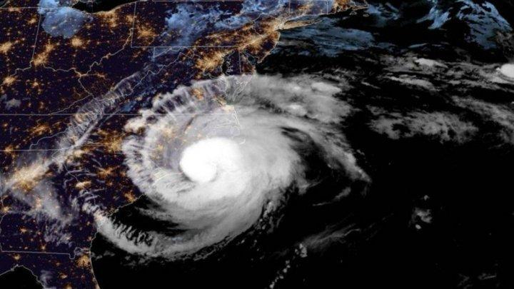 SUA: Coasta de sud-est este pregătită de venirea uraganului Dorian