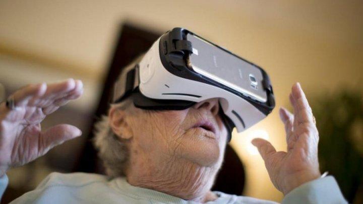 Realitatea virtuală văzută prin ochii moldovenilor. Ce senzații au trăit când au fost teleportați într-o altă lume (VIDEO)