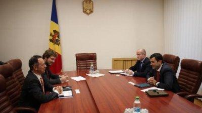 Chiril Gaburici și noul şef al Misiunii OSCE în Moldova, Claus Neukirch, pledează pentru continuarea dialogului privind procesul de reglementare transnistreană