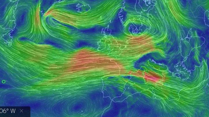 Cod roșu de vânt puternic în Corsica, înaintea unei furtuni violente