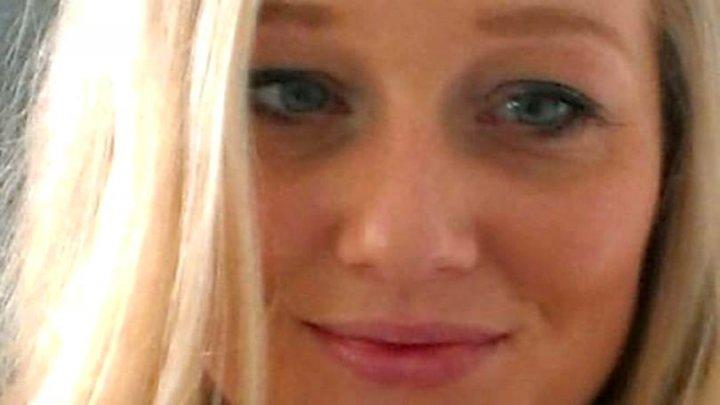 GEST EXTREM: O mamă i-a înfipt cuțitul în penis violatorului care i-a amenințat fetița