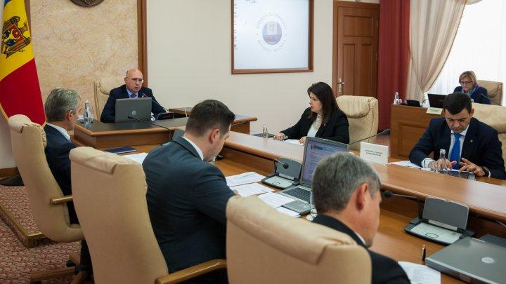 Premierul Pavel Filip, la ședința CGIE: Implementarea Acordului de Asociere cu UE este o prioritate