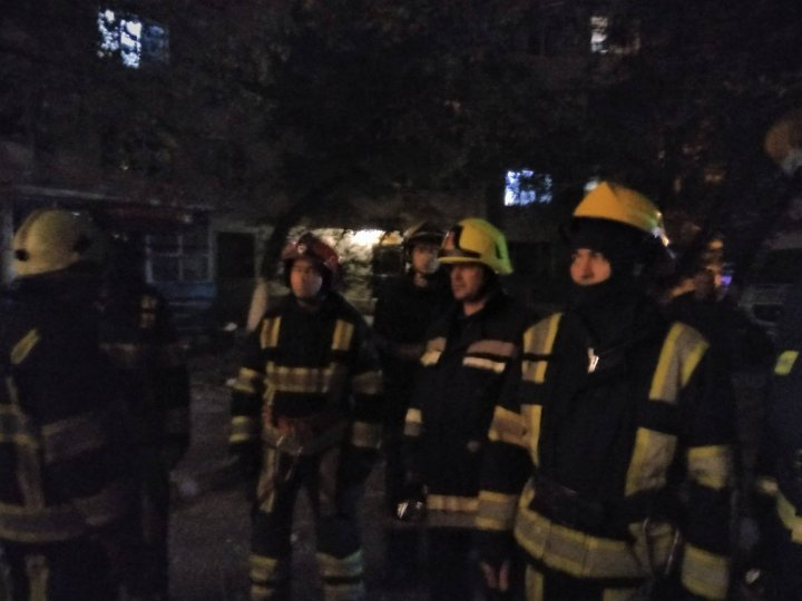 Explozie în sectorul Râşcani. Şeful IGSU: A fost descoperită o butelie de gaz care avea robinetul deschis (VIDEO)