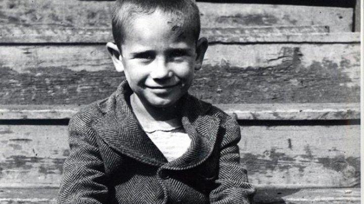 Astăzi este Ziua Națională de Comemorare a Victimelor Holocaustului din România