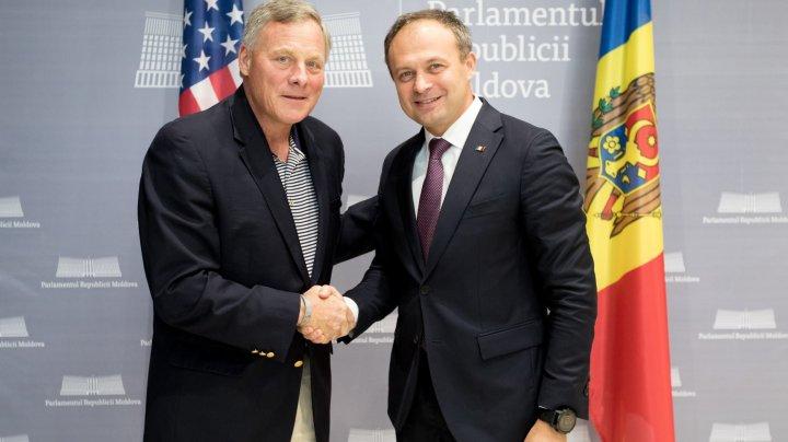 Andrian Candu s-a întâlnit cu senatorii SUA. Au discutat despre riscurile regionale de securitate și angajamentul activ al Statelor Unite în regiune