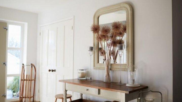 Atmosfera casei ne afectează starea de spirit: de ce este bine să acoperiţi oglinzile