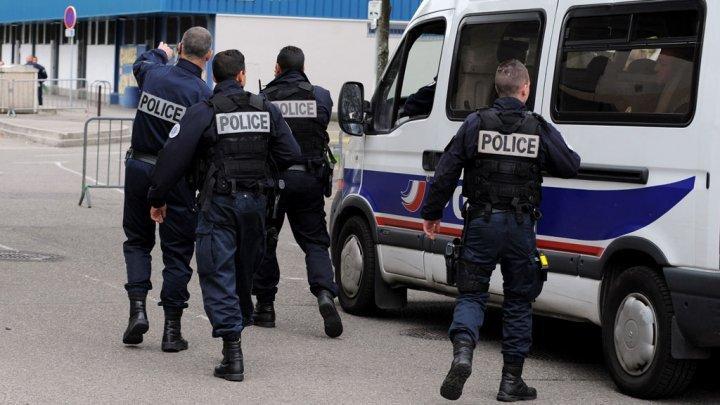 Operaţiune antiteroristă în Franţa: Şapte membri ai unei familii de sirieni au fost arestaţi