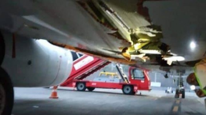 PANICĂ la bordul unui avion. Aeronava plină cu pasageri a lovit un zid în timp ce decola (VIDEO)