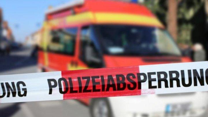 Accident grav în Germania. Mai mulţi cetăţeni români au fost răniţi, după ce un vehicul S-A RĂSTURNAT într-un şanţ