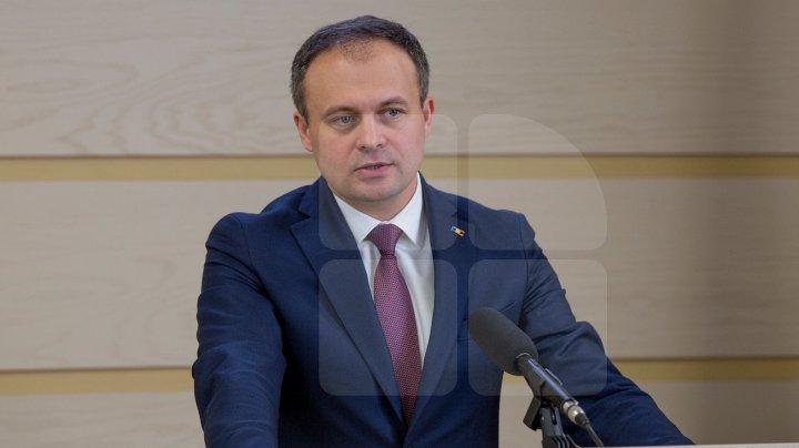 Ziua tăcerii dinaintea alegerilor ar putea fi eliminată din legislație. Ce spune Andrian Candu