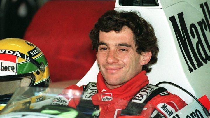 Fostul pilot din Formula 1, Ayrton Senna a fost omagiat de suporterii echipei Corinthians