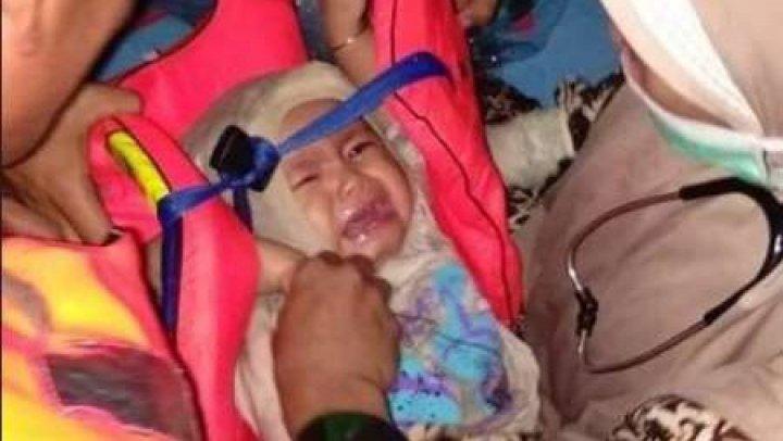 Poza cu presupusul bebeluş, supravieţuitor al prăbuşirii avionului companiei Lion Air, este un FAKE NEWS (FOTO)
