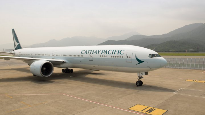 Datele a 9,4 milioane de pasageri ai companiei Cathay Pacific Airlines au fost furate